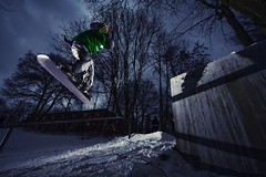 gap (Janthemanson) Tags: street white snow cold ice stairs canon germany snowboarding eos 350d frost linden sigma hannover snowboard handrail rebelxt sliding boardslide 580ex grinding funsport lindenerberg actionsport strobist dg500super