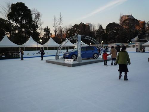東京ミッドタウンでスケート