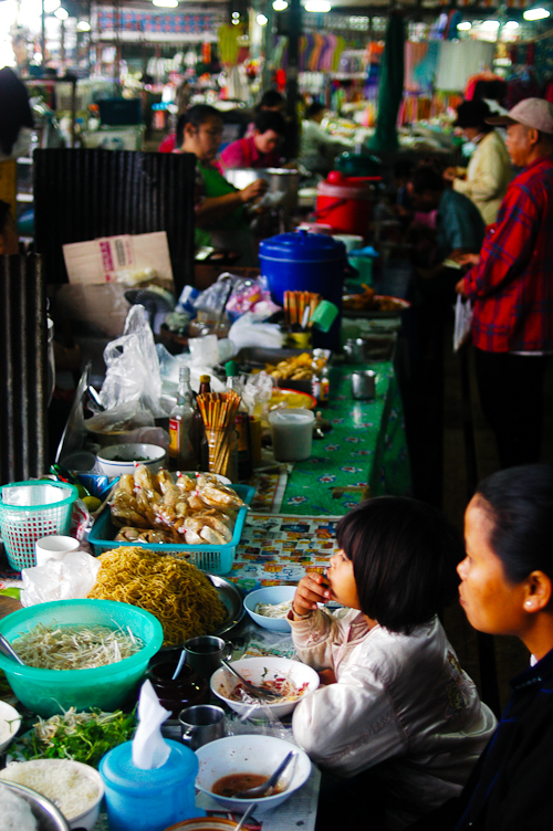 Locals eating breakfast at Mae Hong Son's morning market