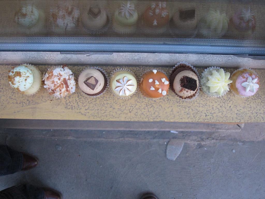 mini cupcake lineup