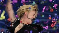 Il trionfo di Emma Marrone dopo aver battutto in finale la rivale Loredana Errore
