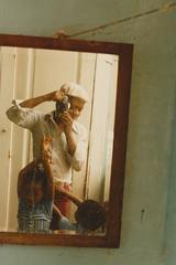 Portrait. (35mm) (samuel.musungayi) Tags: 35mm 24x36 135 film argentique analog archive archives color family people portrait portraiture face life home intérieur indoor photography photographie