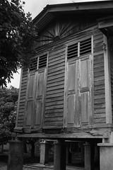 Rumah lama (irwanrosli) Tags: house classic malaysia lama kampung rumah vilage