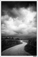 Final serie tempestes (Xavito) Tags: storm clouds camino nubes tormenta catalunya tempesta emporda nubols tff1 camiway