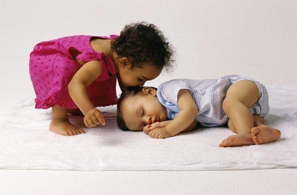 Cute Loving Babies by himachliguy_1982