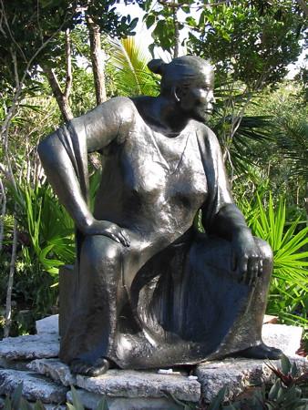 Mayan woman sculpture