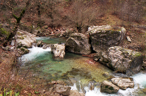 Chrousias stream