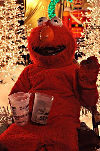 Crazy Elmo Plays Santa (by RGP)