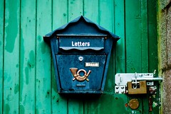 Letters to a shed (Brian Cumming) Tags: urban landscape scotland countryside nikon scenery decay brian gritty argyle exploration cumming grafic d80