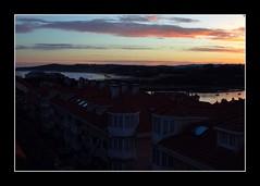 Vistas playa del Mern (depu1056) Tags: pink houses sea espaa beach water mar town spain agua pueblo playa amanecer casas rosas sombras ria cantabria azules sanvicentedelabarquera