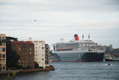 QueenMary2070310 (theaxx) Tags: sea water marine ship sydney australia huge gigantic queenmary2 sydneyharbour kirribilli oceanliner biggestintheworld