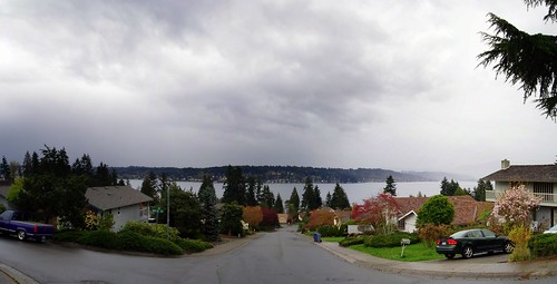 Lake Sammamish Panorama (CC)