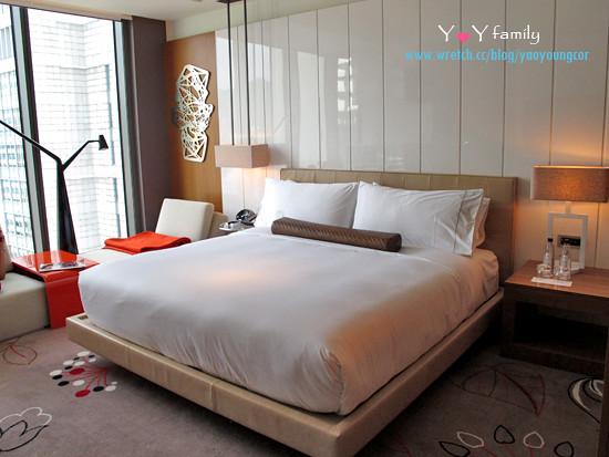 IMG_8061  w-hotel room
