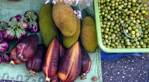 Vegies, Warorot market