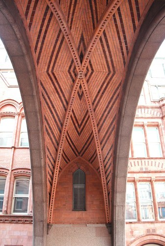 Brick arch in Holborn Bars