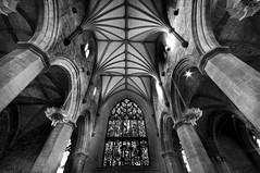 St Giles Cathedral (Surely Not) Tags: bw st scotland nikon edinburgh flickr angle cathedral wide sigma moo giles 1020 meet d300 yourphototips em20090117 thephotoproject
