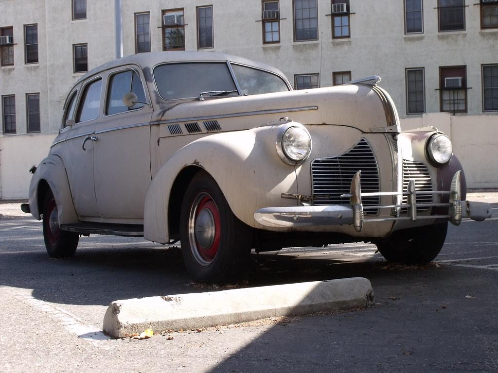 1940 Pontiac @ the West L. A. VA Hospital / Wadsworth Theater parking lot
