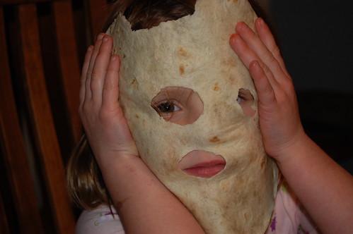 Lila, Masked