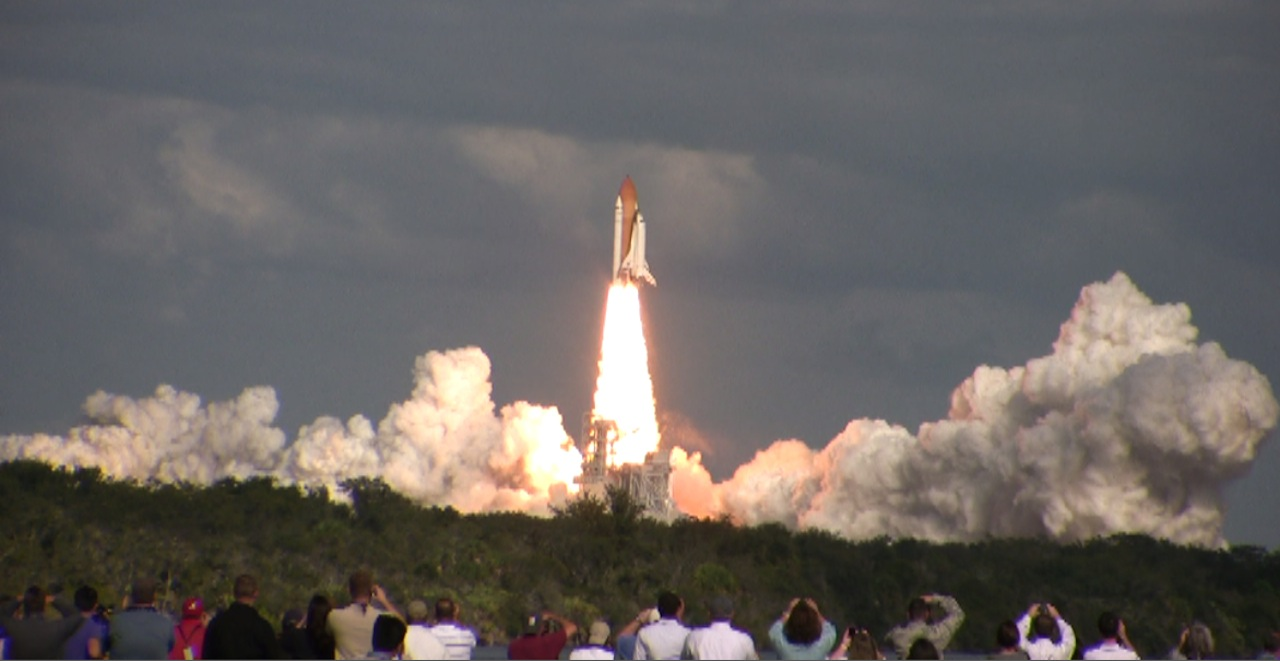 NASA STS 129 Atlantis Shuttle Launch   4109572117 d0181b1992 o photo