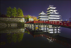 Matsumoto-jo (katepedley) Tags: wood longexposure bridge autumn red reflection castle japan stone wall night canon tripod central  5d moat matsumoto fortress nihon bashi akai feudal honshu  naganoken japanesecastle japanalps matsumotojo  1720mm