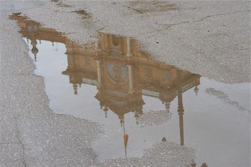 Reflection of Plaza de España