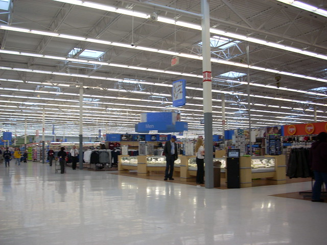 What are the hours of the jewelry department in wal mart? | ChaCha