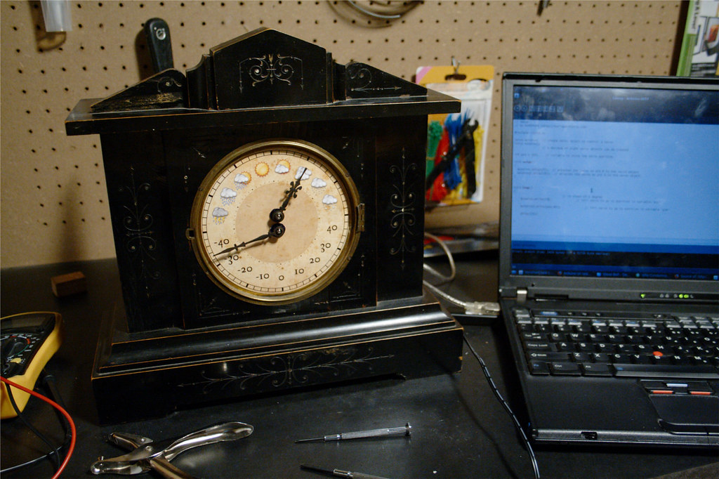 The World's Best Photos of clock and ethernet - Flickr Hive Mind
