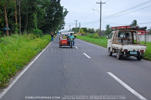 Highway going to New Bacolod - Silay Airport