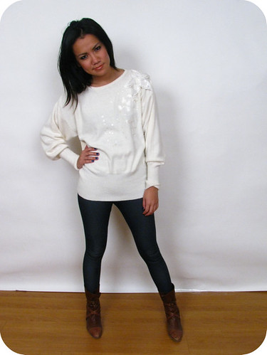 80'S WHITE SEQUINS SWEATER