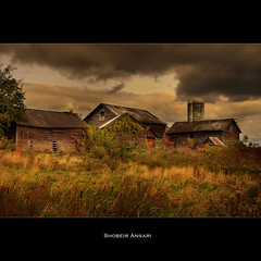 (Shobeir) Tags: abandoned grass barn vintage countryside interestingness decay farm meadow upstateny silo explore oldbarns forgotten upstatenewyork roadside hdr filed cloudysky abandonedplace photomatix walltexture tonemapping amsterdamny rurallandscape newyorklandscape singleraw woodenbarn newyorkautumn fallinnewyork shobeiransari northeastcountryside gsubmitted fallinupstatenewyork fallinnortheast northeastscenics upstatenewyorkscenics