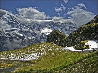 Switzerland  : A spring time in the Alps...or what I have seen on the way to Schilthorn...