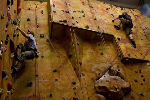 Kyan climbing
