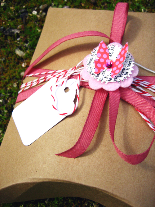 Pink Garland Wrapping