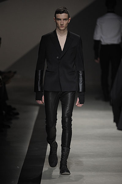 Jacob Coupe3010_FW10_Milan_Neil Barrett(nikestav10@mh)