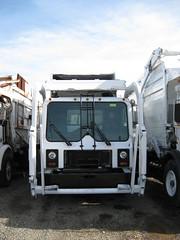 2001 Mack MR / Heil FEL (FormerWMDriver) Tags: 2001 trash yard truck garbage mr front rubbish end fl 40 waste refuse loader load mack sanitation fel heil frontloader frontload