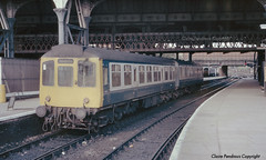 Class 110 DMU, Manchester Victoria 1986 (Lady Wulfrun) Tags: train manchester br 110 railway class 1986 railways britishrailways dmu manchestervictoria class110 18thmay1986