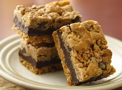 Fudgy Chocolate Chip-Toffee Bars (Pillsbury.com) Tags: food bar recipe dessert baking bars eagle sweet chocolate treats contest hersheys butter missouri heath sweets brownie treat toffee bake brownies pillsbury chocolatechips chocolatechipcookies finalist bakeoff grahamcracker fudgy landolakes sweettreats semisweet cookiebar eaglebrand sarahfuchs ozarkmo fudgychocolatechiptoffeebars bitsobrickle