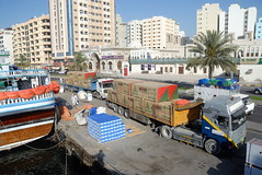TRUCKING IN DUBAI (Claude  BARUTEL) Tags: port volvo dubai harbour united transport emirates arab sharjah trucking dowl