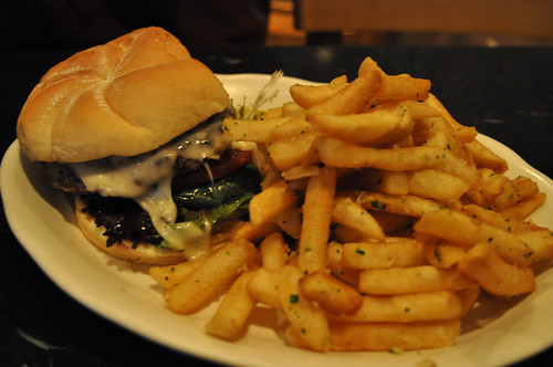 Burger & Garlic Fries