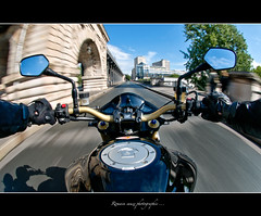 Motard en colre ... (Romain sauze...come back ..) Tags: paris bike photoshop honda photography photo nikon picture fast rage bamboo fisheye moto pont biker 105 wacom romain manif furious motard journe lightroom photographe d300 sauze lr3 colre graphique tablette cs5 cbr1000 birakeim