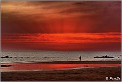 Crepsculo vespertino (PacoSo) Tags: naturaleza atardecer mar natura puestadesol cielos cdiz costaballena pacoso crepsculovespertino