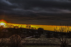 This Morning Sunrise KY (Klaus Ficker --Landscape and Nature Photographer--) Tags: sunrise sonnenaufgang sun sonne morning morgenrot clouds wolken storm sturm usa kentucky frankfort kentuckyphotography klausficker canon eos5dmarkiv