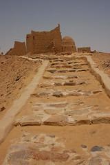 (685) Grabkapellen auf dem Hügel von Bagawat (avalon20_(mac)) Tags: africa travel history sahara nature geotagged sand desert egypt 500 misr eos40d schulzaktivreisen