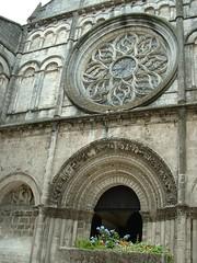 Eglise Saint-Léger (Charente Tourisme) Tags: architecture cognac eglise charente lacharente artroman lacharente16