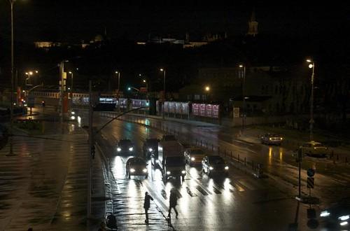lights on the Kennedy Caddesi (Sahil Yolu)