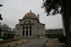 2009-11-21-PARIS-PereLachaiseCemeterie77-crematorium