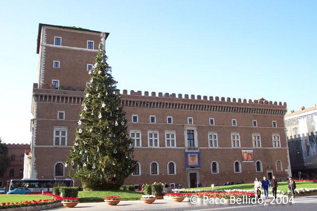 Palazzo Venezia. © Paco Bellido, 2004