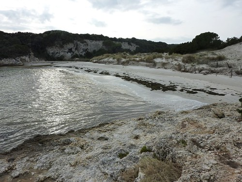 Sur le sentier de Sperone : plage du ruisseau de Sperone