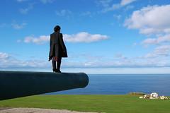 Flotando voy... (Escondite Azul) Tags: verde azul mar cielo nubes horizonte caon lacorua montesanpedro cespd