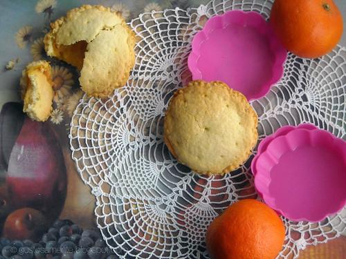 Tortine di frolla alla crema di arancia rossa e mandarini